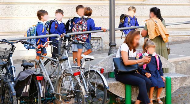 Covid. Focolaio a scuola: tre bambini della stessa classe positivi alla De Amicis di Treviso