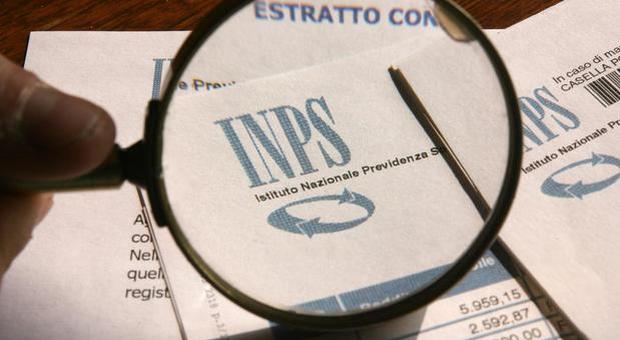 Pensioni, assegni tagliati del 10% con cinque anni senza contributi