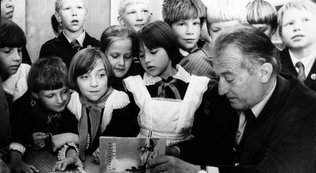 Gianni Rodari con i bambini