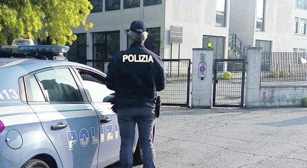 Sigarette sul pullman: ramanzina agli studenti da parte della polizia