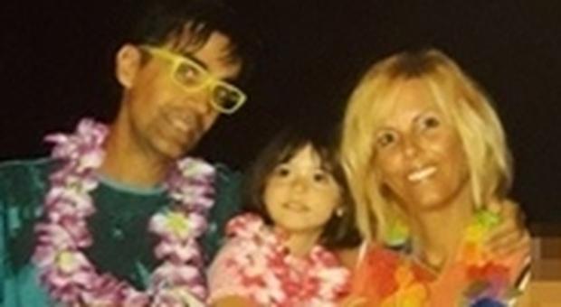 La piccola Sofia con i genitori