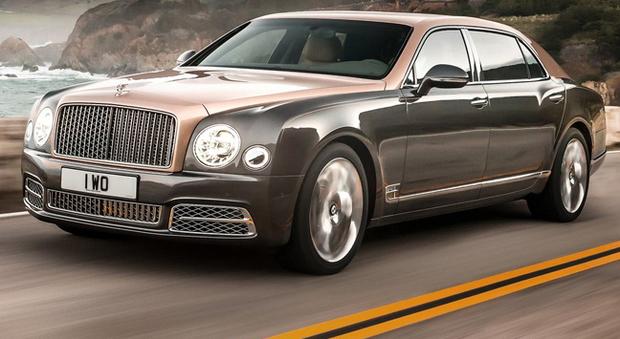 La Bentley Mulsanne a passo lungo al debutto in America