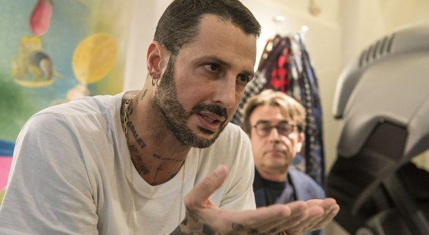 Fabrizio Corona resta in carcere. I giudici: «Adeguato che sconti altri cinque mesi»