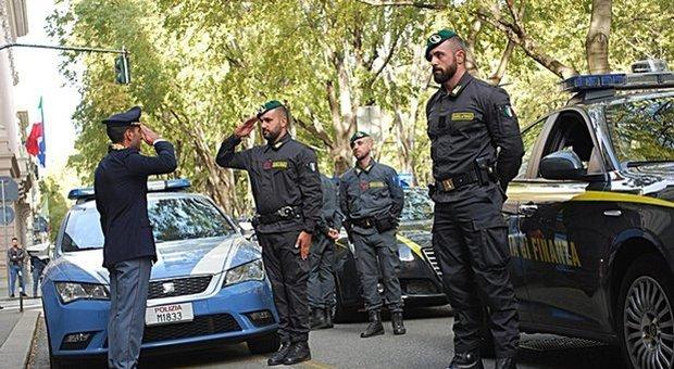 Sparatoria Trieste, uno dei tre agenti che ha sventato la strage: «Rapidi e compatti, così lo abbiamo fermato»