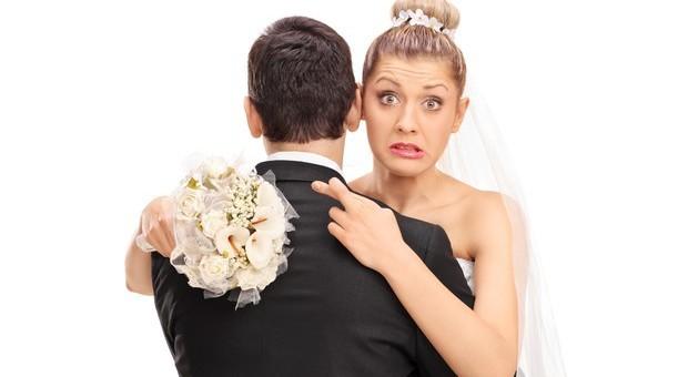 Il matrimonio trasforma la personalità: lui più coscienzioso, lei meno ansiosa