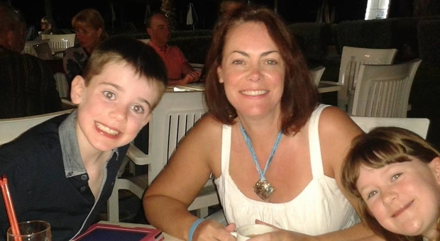 A 4 anni con una telefonata salva la vita alla mamma