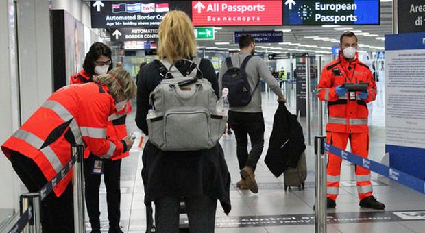 Coronavirus, donna positiva prende due aerei da Pavia per tornare a casa in Sicilia. Il sindaco di Modica: «Caso gravissimo»