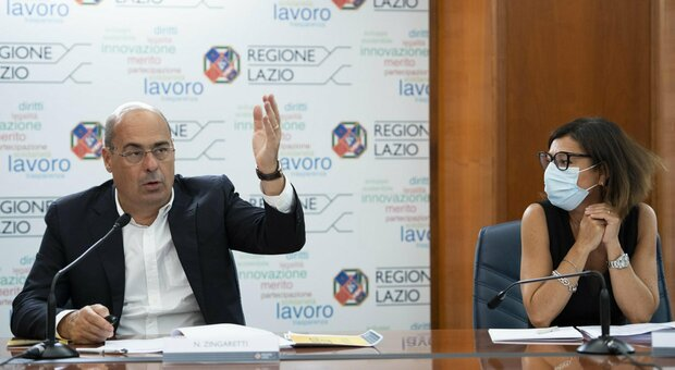Zingaretti attacca Salvini: «Scellerati per farsi pubblicità tolgono la mascherina»