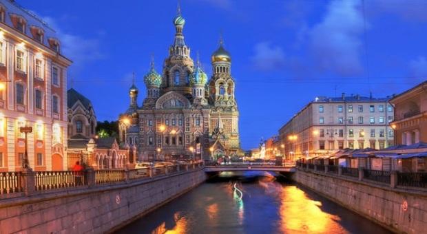 Da Mosca fino a San Pietroburgo navigando sul Volga, il fiume degli Zar
