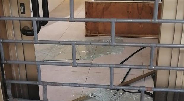 Nuova incursione di un ladro da Led World in Corso del Popolo a Padova: è la seconda in un mese