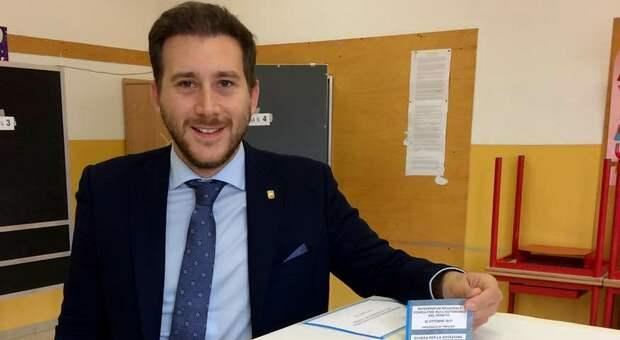 Furbetti del bonus, il consigliere della Lega escluso dalle regionali diventa assistente a Bruxelles