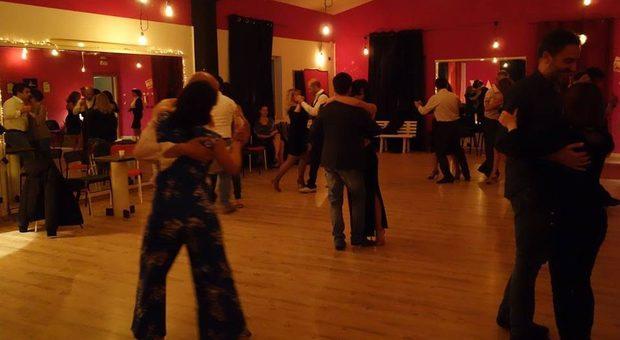 Serata di tango, un contagiato a Rovigo