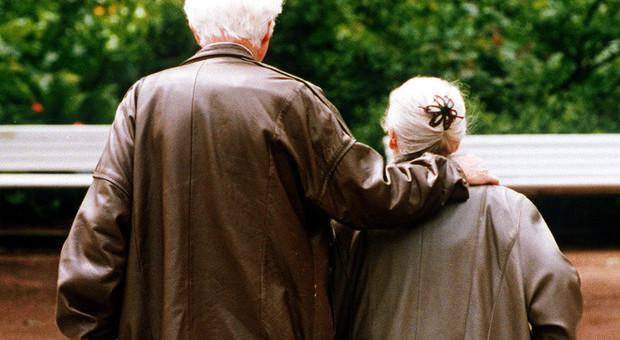 Sposati per 58 anni, Franco e Lucia muoiono insieme alla vigilia di Natale