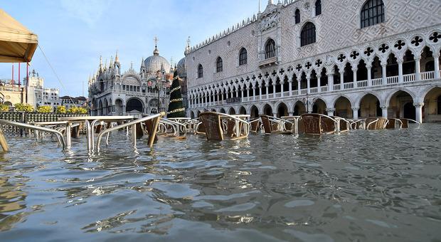 Acqua alta a Venezia, il Cdm sblocca 84 milioni di euro per ripristinare la città