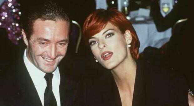 Accusato l'ex re delle modelle (ex marito di Linda Evangelista): «Stuprò anche Carré Otis»