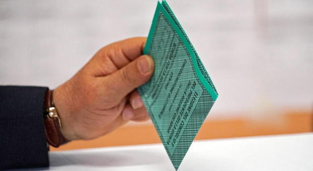 Elezioni regionali, i prossimi appuntamenti in Campania, Liguria, Marche, Puglia, Toscana e Veneto. Si vota anche a Reggio Calabria e Venezia