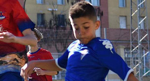 Cristian, baby calciatore eroe: a 12 anni salva la vita ad un avversario in campo