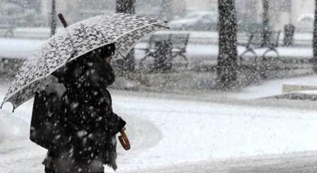 Meteo, a marzo potrebbe arrivare l'inverno: rischio gelate e forti nevicate. Ecco dove e quando