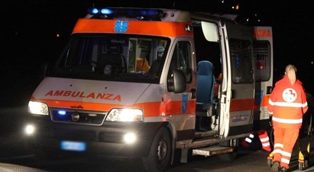 Sul posto è arrivata l'ambulanza del 118