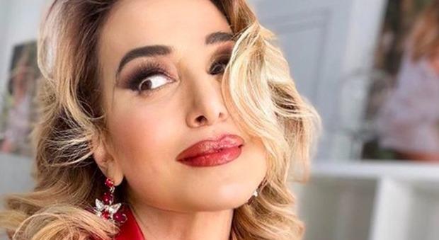Barbara D'Urso a Sanremo? L'indiscrezione: «Un nuovo programma in arrivo, sarà la versione Mediaset del Festival»