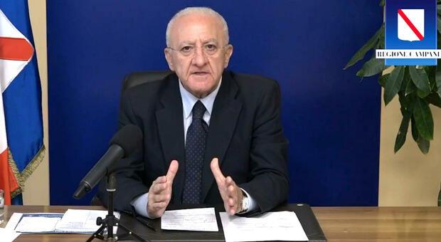Vincenzo De Luca contro