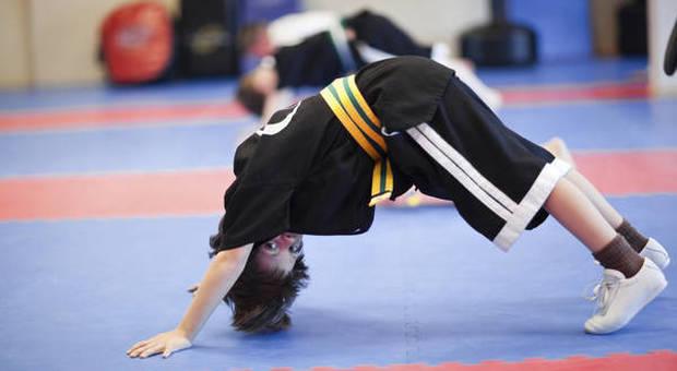 Bimbi infaticabili come super atleti: uno studio rivela perché