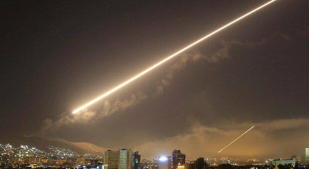 Siria, attacco aereo degli Stati Uniti contro milizie filo-iraniane, è la prima missione militare di Biden