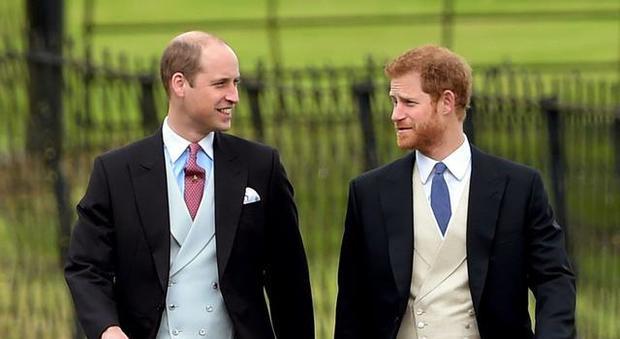 Il principe Harry rivela per la prima volta i dissapori in famiglia: «Con William abbiamo preso due strade diverse»