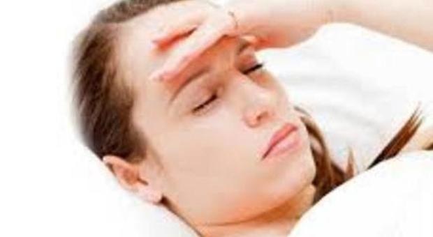 Mal di testa, donne bersaglio: 200 tipi, si cura anche con la ginnastica