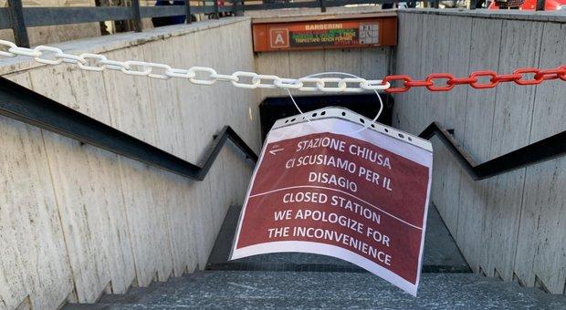 Roma, Atac nel mirino dell'Anticorruzione per le stazioni metro A chiuse