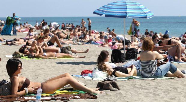 Roma, sos liquami in mare sul litorale sud: bagni vietati da Ardea a Pomezia