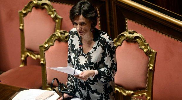 Il ministro Bonetti: «Strumenti fiscali per incentivare le assunzioni delle donne»