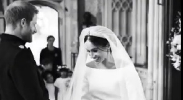 Anniversario Matrimonio Lotto.Meghan Markle E Harry Primo Anniversario Un Video Inedito Del