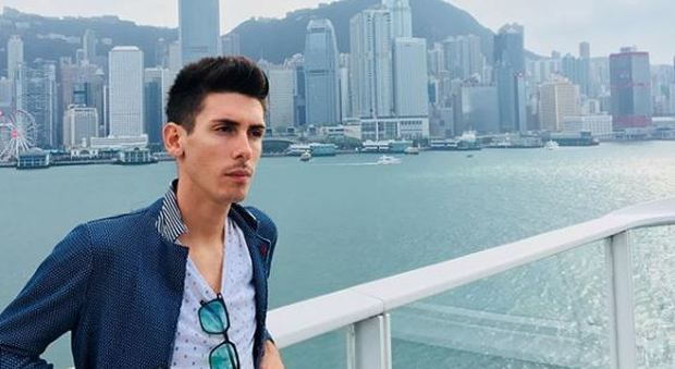 Andrea Manfredi, il 26enne di Massa fra le vittime dell'areo precipitato a Giacarta