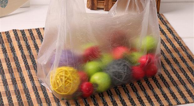 I sacchetti bio del supermarket si possono portare da casa: ok del ministero