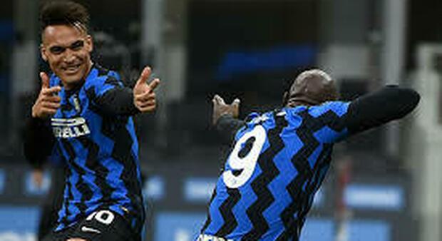 Milan-Inter, le pagelle nerazzurre: LuLa abbagliante: per Conte inizia la fuga scudetto, ora +4 sul Milan