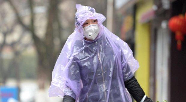 Coronavirus, scienziati cinesi: incubazione potrebbe durare fino a 24 giorni
