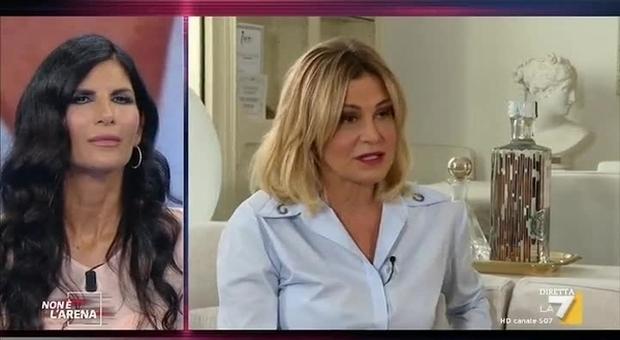 Pamela Prati, la rivelazione di Simona Ventura: «Io le credo, mi chiese di fare da testimone di nozze»