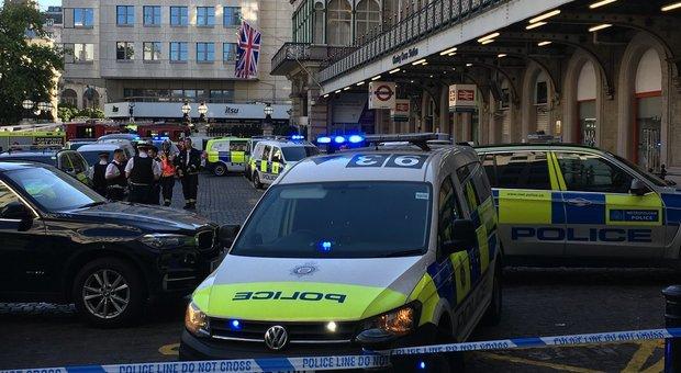 Allarme a Londra: «Ho una bomba»