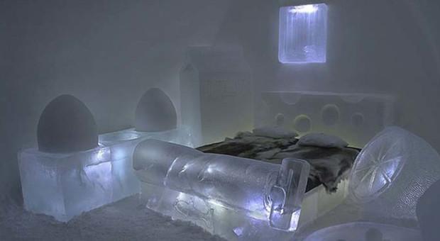 Letto Carrozza Cenerentola : Dormire su un letto di ghiaccio in un boccale di birra o in una