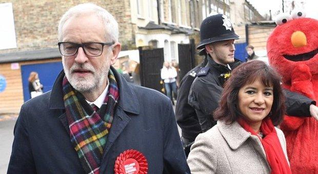 Jeremy Corbyn, chi è il leader Labour: vegetariano, astemio e con un programma di ultra sinistra