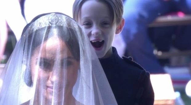 Royal Wedding, chi è il paggetto di Meghan Markle che fa impazzire il web oscurando baby George