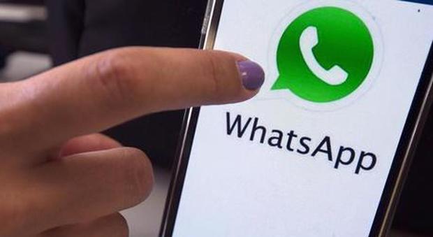 WhatsApp, non è finita: dal primo febbraio altri smartphone a rischio, ecco quali