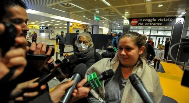 Coronavirus, rientrati gli italiani respinti a Mauritius: «Segregati sull'aereo»