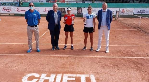 La premiazione del campionato italiano femminile di terza categoria a Chieti