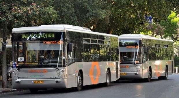 Atac, la beffa dei bus israeliani promessi e fermi in garage