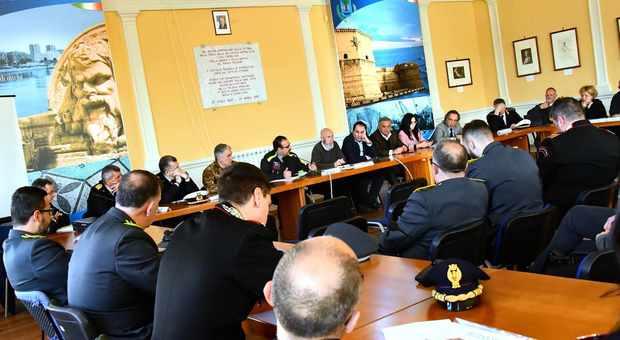 La riunione del Tavolo di crisi al Comune di Civitavecchia (Foto Giobbi)