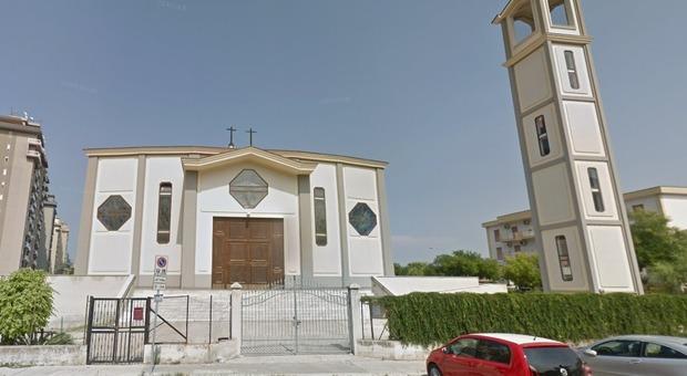 Palermo, parroco non lascia le chiavi al sagrestano: salta funerale di 33enne morto per un malore