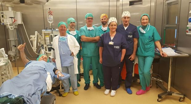 L'equipe chirurgica con il dottor Ramuscello