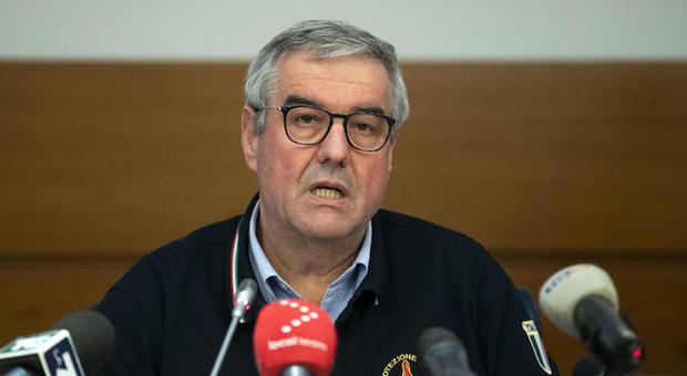Borrelli ha la febbre, salta la conferenza stampa: sottoposto a nuovo tampone per il coronavirus